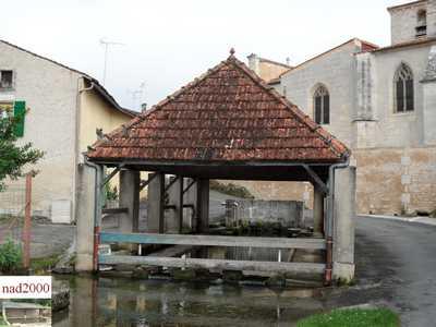 Saint Laurent de Cognac 16-St-Laurent-de-Cognac-rue-de-la-Fontaine
